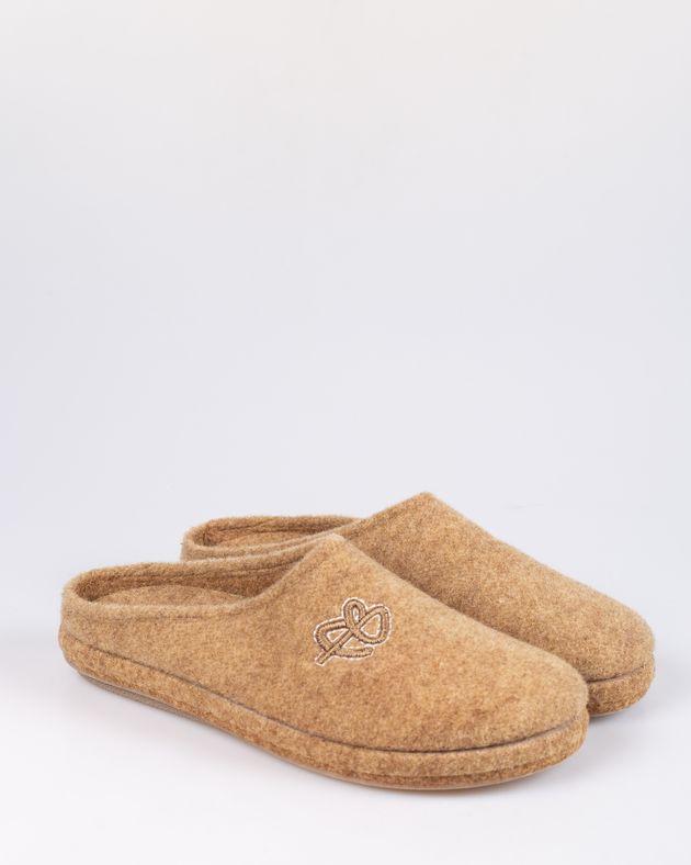 Papuci-de-casa-1901904002