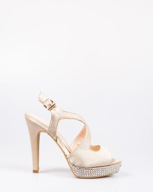 Sandale-cu-toc-si-aplicatii-1908814008