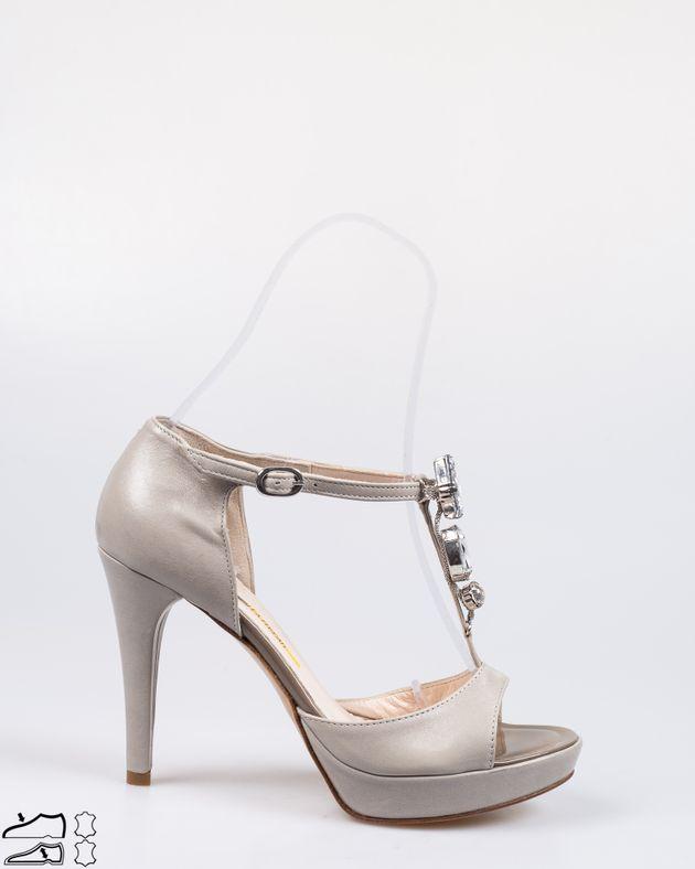 Sandale-din-piele-naturala-cu-toc-si-aplicatii-1911508003