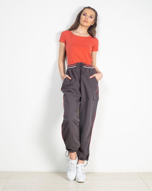 Pantaloni-casual-cu-buzunare-1905302043