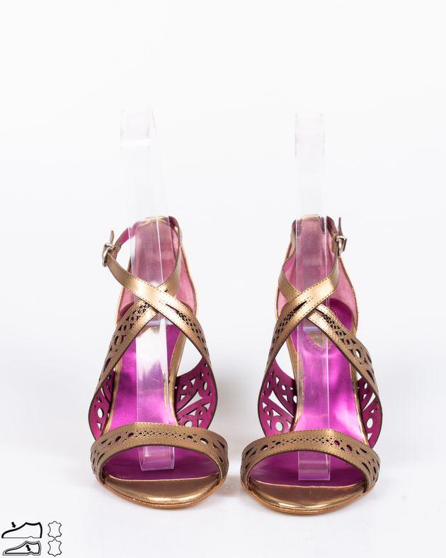 Sandale-din-piele-naturala-cu-toc-si-model-perforat-1911508032