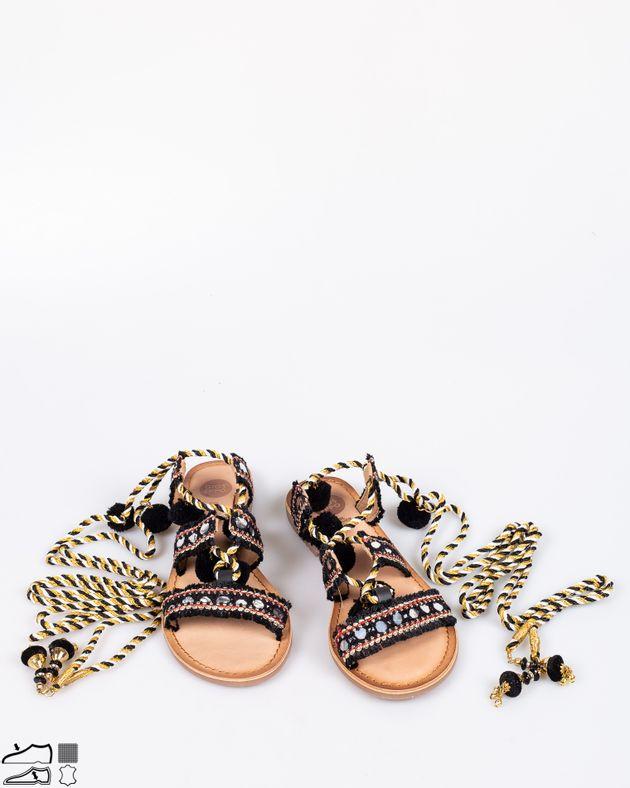 Sandale-din-piele-naturala-cu-siret-pe-picior-si-aplicatii-1917914005