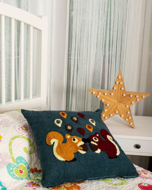 Perna-decorativa--patrata-M6673201020