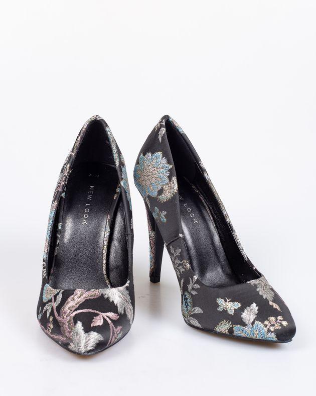 Pantofi-cu-toc-si-imprimeu-floral--1912801018