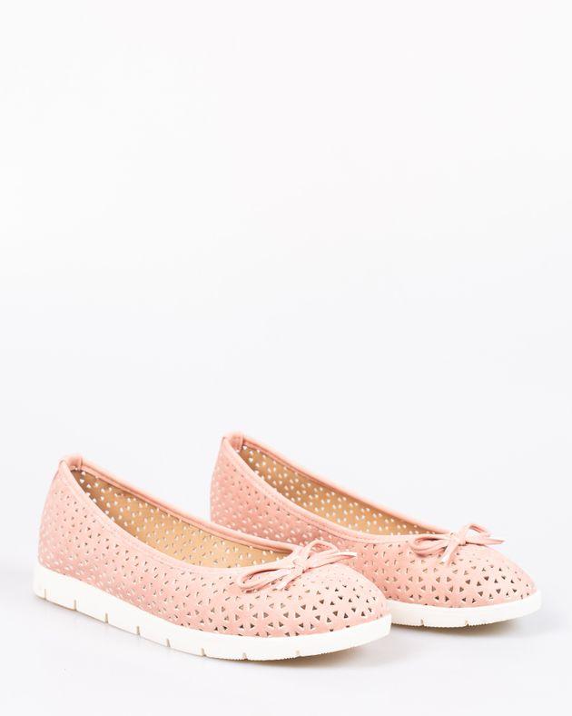 Pantofi-AVON-comozi-cu-model-perforat-si-funda-1918207018