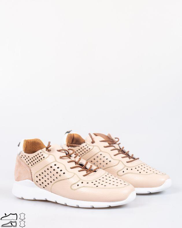 Pantofi-comozi-din-piele-naturala-cu-model-perforat-si-sireturi-1925901001