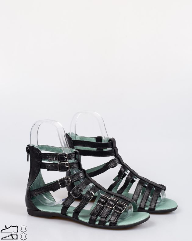 Sandale-fete-cu-talpa-joasa-si-barete-cu-fermoar-la-spate-1926308006