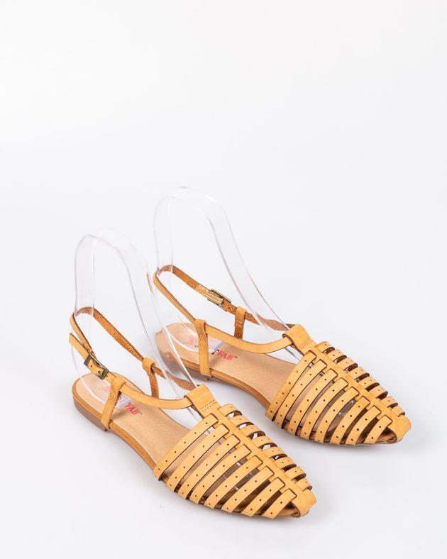 Sandale-din-piele-ecologica-cu-talpa-joasa-si-moale-si-barete-cu-catarama-1927001031