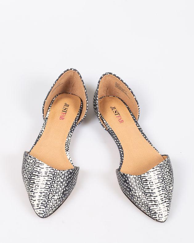 Pantofi-cu-talpa-joasa-decupati-cu-varf-ascutit-si-imprimeu-1927001041