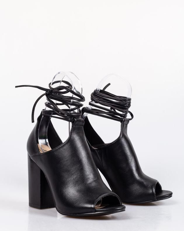Sandale-din-piele-ecologica-cu-toc-gros-si-snur-care-se-leaga-pe-picior-1927001109