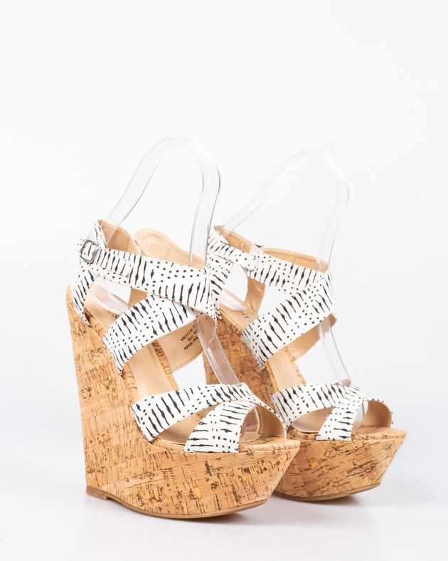 Sandale-usoare-cu-talpa-ortopedica-cu-barete-1927001048