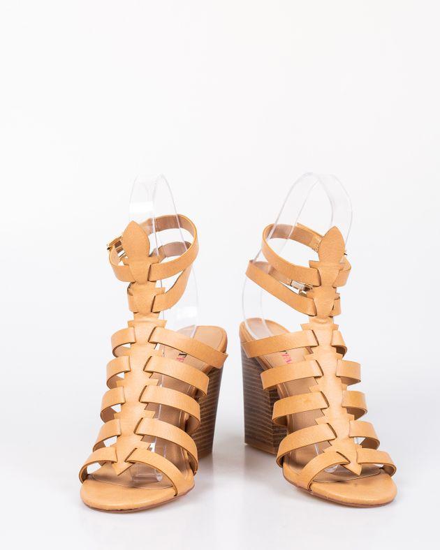 Sandale-cu-toc-gros-si-barete-cu-catarama-1927001114