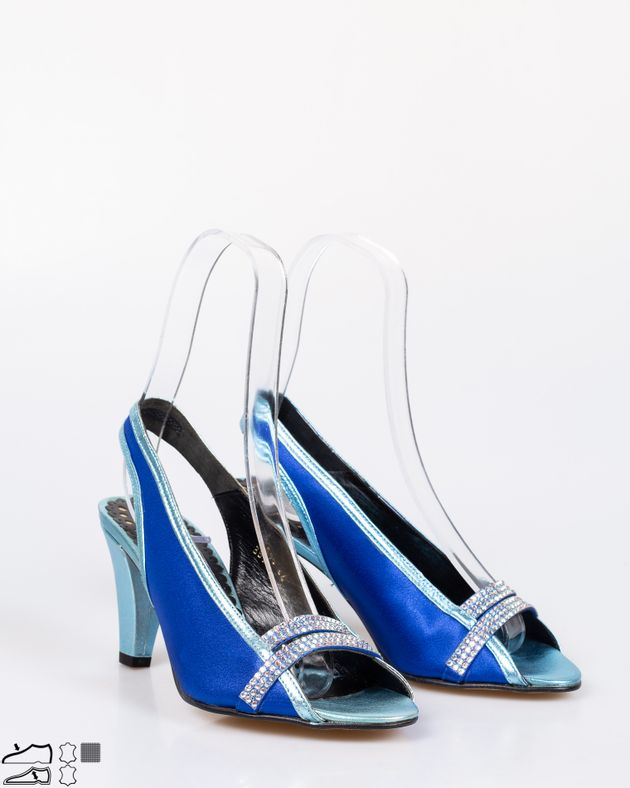 Sandale-din-piele-naturala-cu-toc-gros-si-barete-cu-aplicatii-1911507237