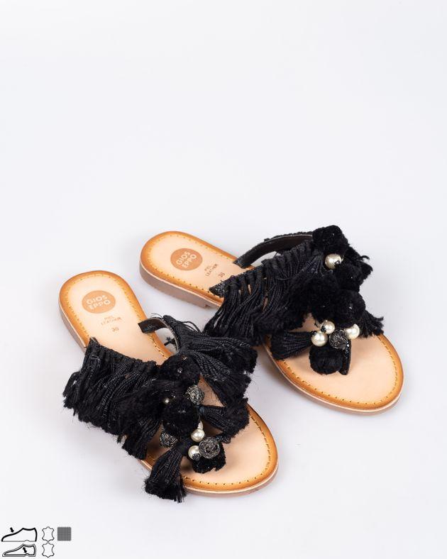 Papuci-Gioseppo-din-piele-naturala-cu-talpa-joasa-si-detalii-aplicate-si-ciucuri-1929008001