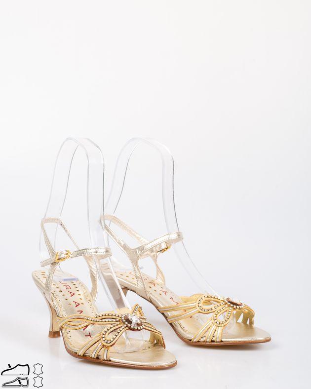 Sandale-din-piele-naturala-cu-toc-mic-si-barete-cu-detalii-aplicate-din-imitatie-cristale-1911507257
