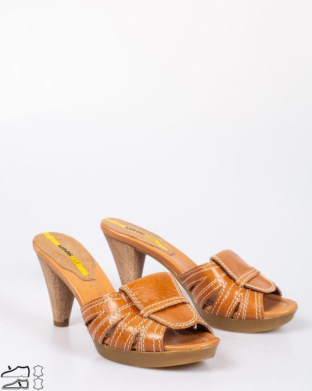 Papuci-casual-din-piele-naturala-cu-toc-din-lemn-1911508051