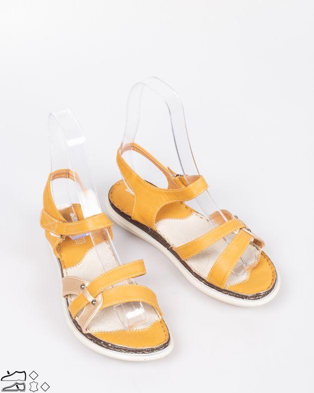 Sandale-usoare-cu-talpa-moale-si-brantul-din-piele-cu-barete-cu-sistem-de-prindere-cu-arici-1911508072