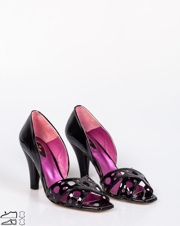 Pantofi-decupati-din-piele-naturala-cu-toc-si-barete-1911508073