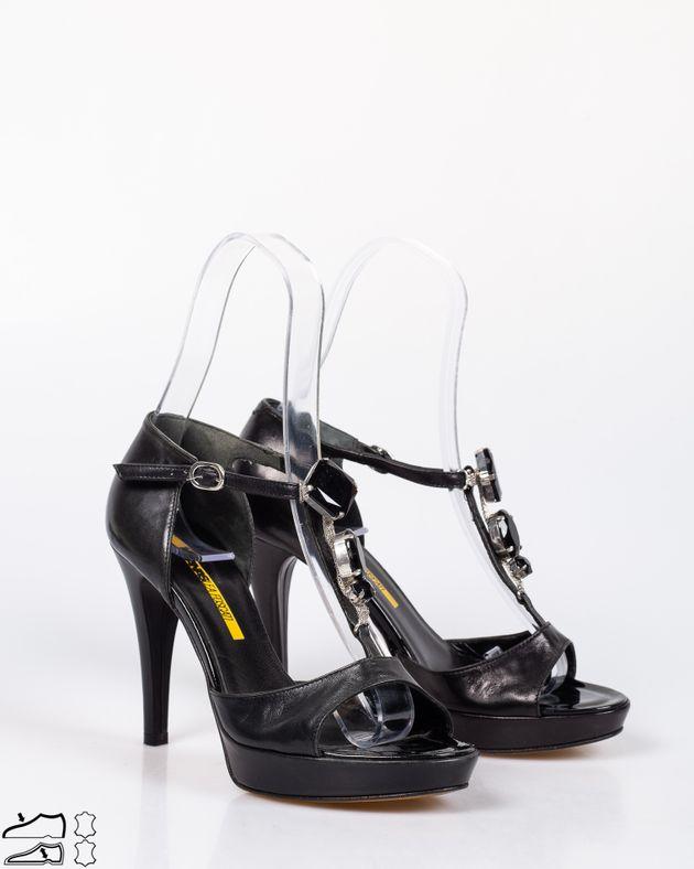 Sandale-din-piele-naturala-cu-toc-si-platforma-cu-barete-cu-detalii-1911508091
