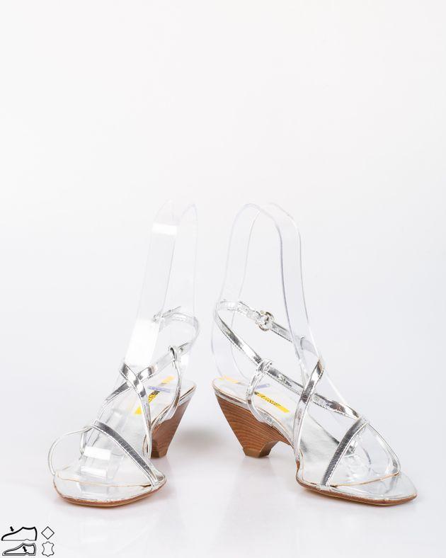 Sandale-cu-toc-mediu-din-material-argintiu-si-barete-cu-interiorul-din-piele-naturala-1911508095