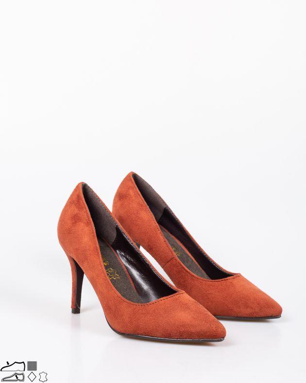 Pantofi-casual-cu-toc-inalt-si-varf-ascutit-1838103091