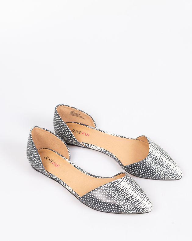 Pantofi-JustFab-decupati-cu-talpa-moale-si-imprimeu-1927002023