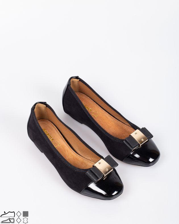 Pantofi-casual-cu-varf-rotund-si-detalii-din-metal-1838103093