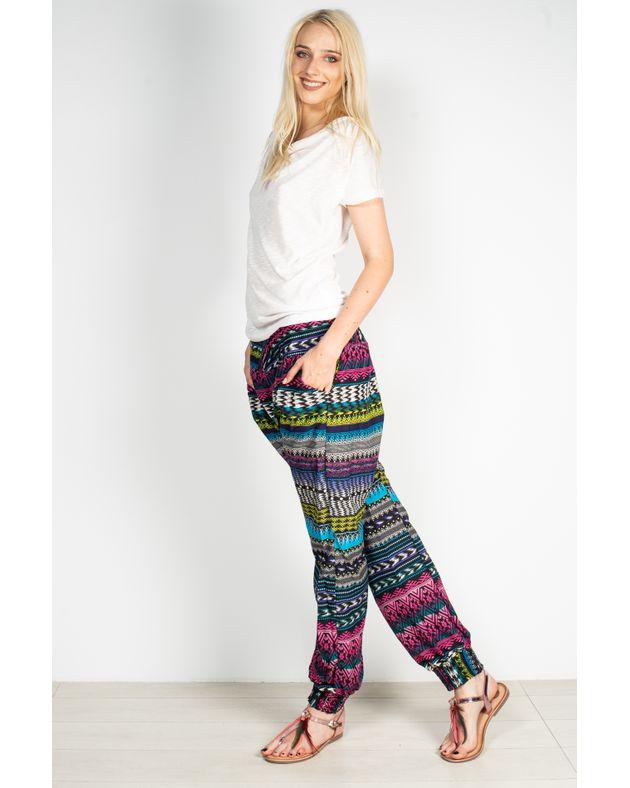 Pantaloni-cu-imprimeu-si-buzunare-1931701003