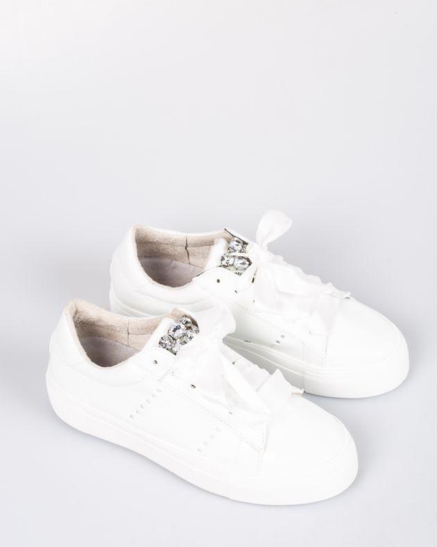 Pantofi-CORINA-cu-talpa-inalta-si-sireturi-cu-detalii-din-imitatie-cristale-1933903001