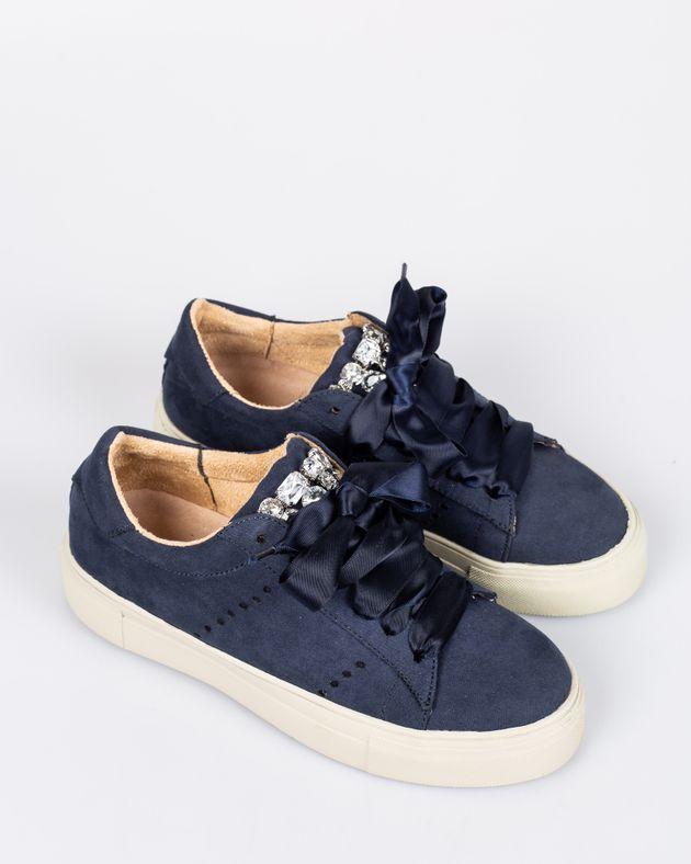 Pantofi-CORINA-casual-cu-talpa-inalta-cu-detalii-din-imitatie-cristale-cu-sireturi-1933903003