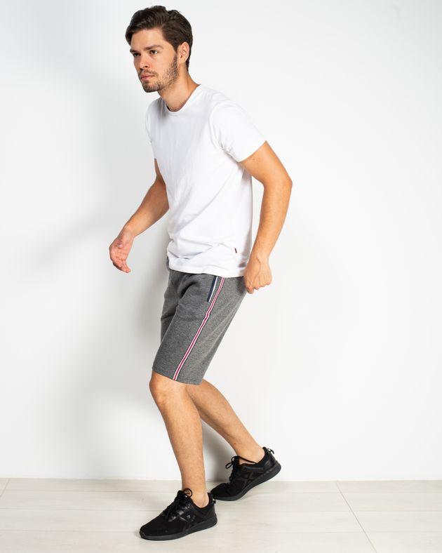 Pantaloni-scurti-cu-snur-in-talie-si-buzunare-cu-fermoar-1930842001