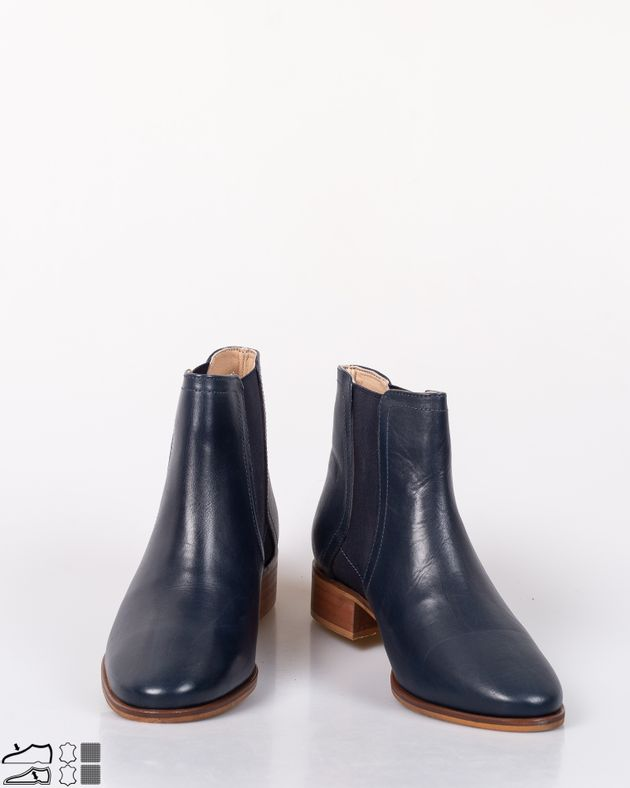 Ghete-din-piele-naturala-cu-extensie-elastica-si-varf-rotund-1952503012