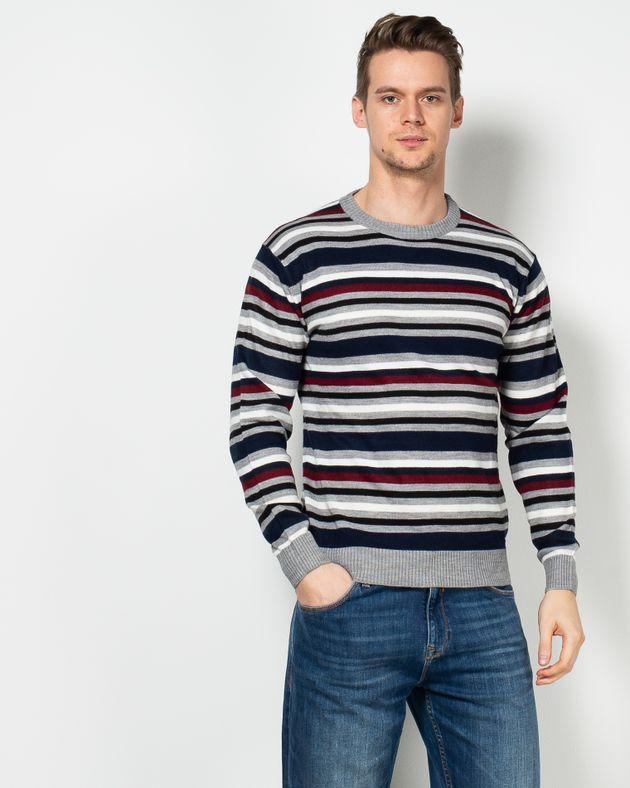 Pulover-tricotat-in-dungi-cu-guler-rotund-1952604007