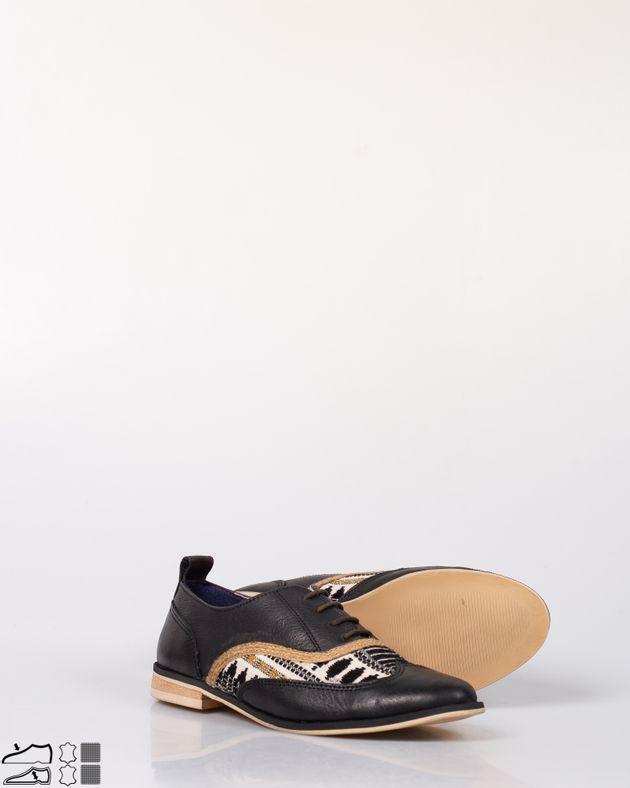 Pantofi-din-piele-naturala-cu-sireturi-si-model-brodat-N915006004