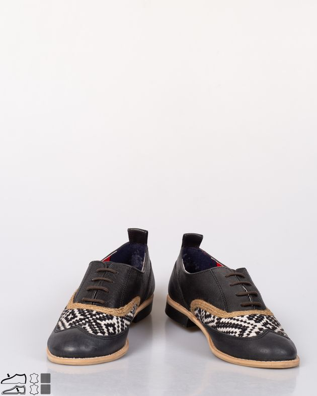Pantofi-casual-din-piele-naturala-cu-sireturi-si-model-brodat-N915006005