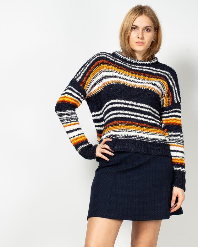 Pulover-tricotat-cu-guler-rotund-19503B3001