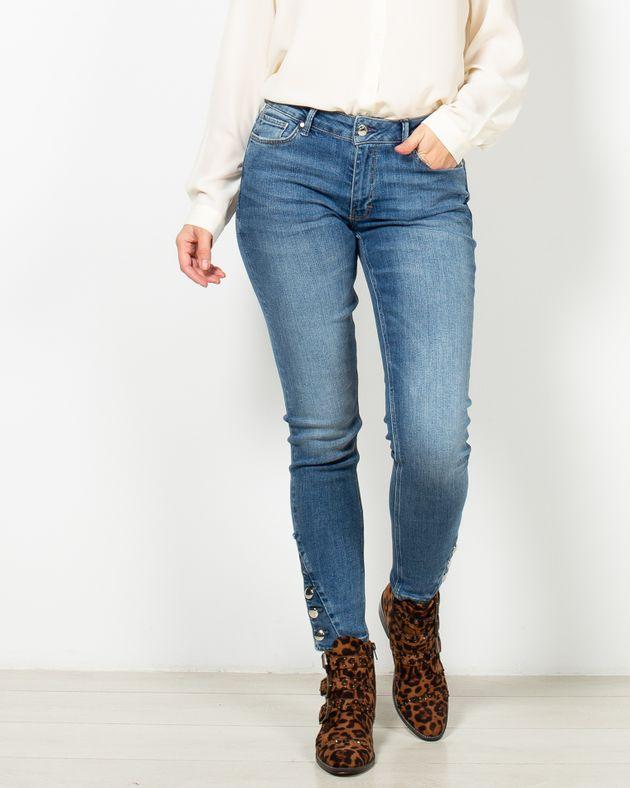 Jeans-casual-cu-buzunare-si-nasturi-in-partea-de-jos-1948614001