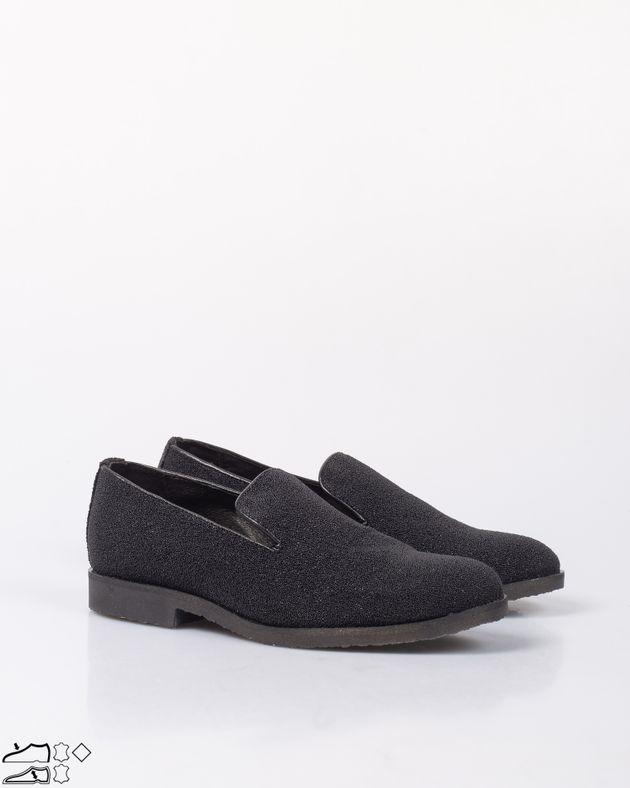 Pantofi-casual-cu-varf-rotund-si-detalii-aplicate-1957601012