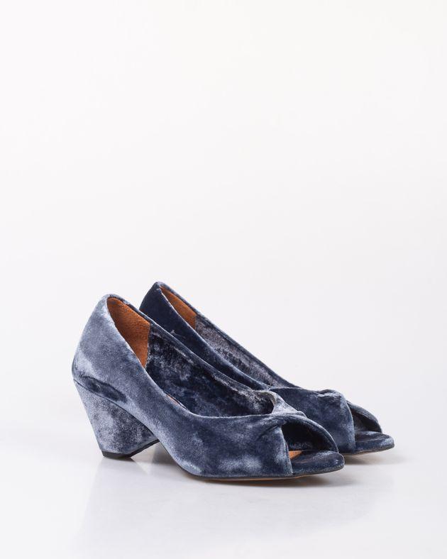 Pantofi-decupati-din-catifea-cu-toc-1957601013