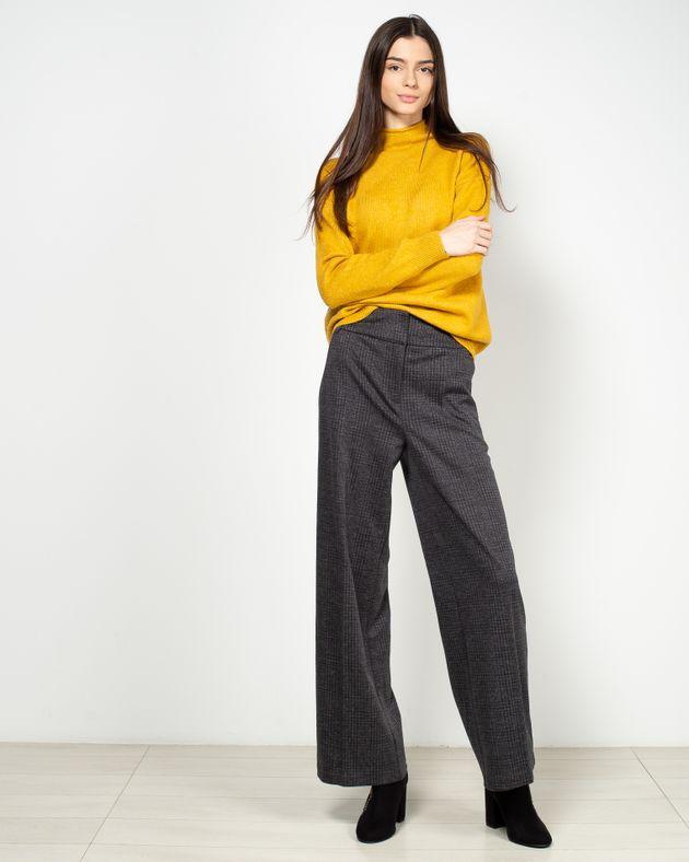 Pantaloni-drepti-cu-buzunare-1946401004