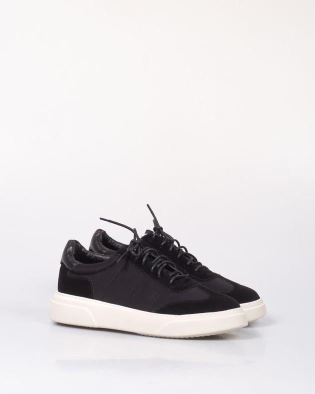 Pantofi-sport-cu-sireturi-si-talpa-foarte-groasa-2007320009