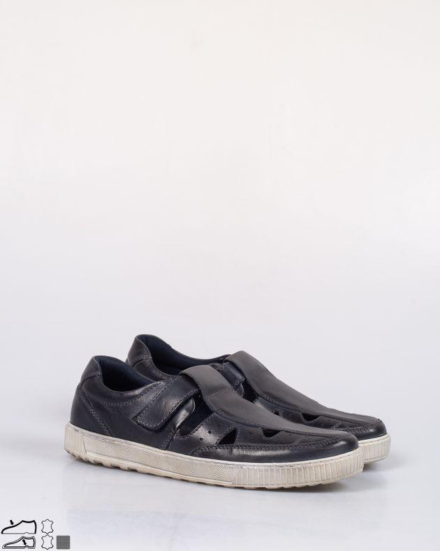 Pantofi-usori-din-piele-naturala-cu-model-perforat-si-bareta-cu-arici-2008105003
