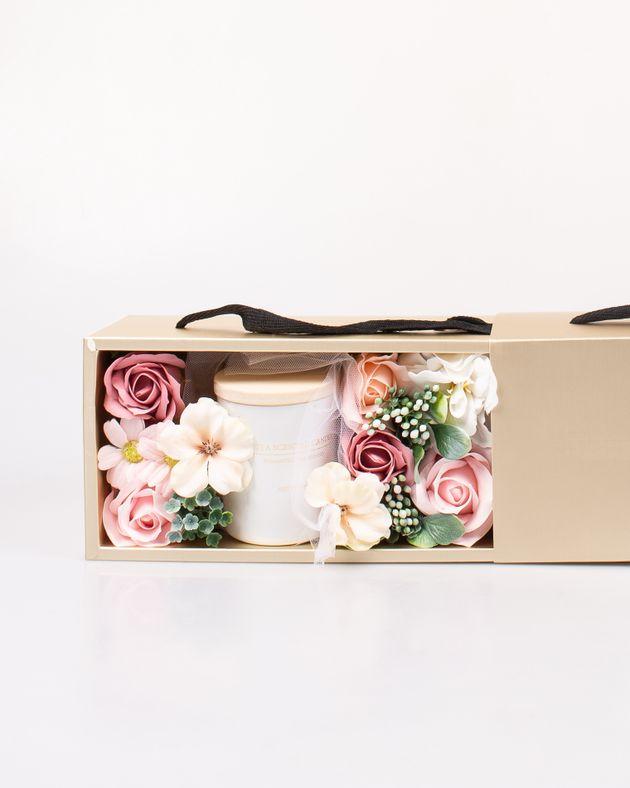 Cutie-cadou-cu-lumanare-parfumata-si-flori-M7376904002