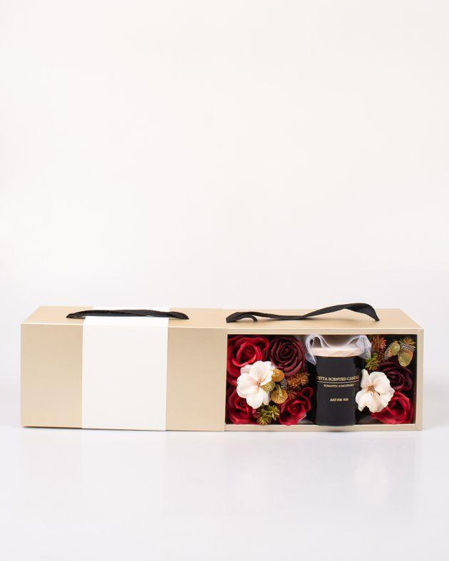 Cutie-cadou-cu-lumanare-parfumata-si-flori-M7376904004