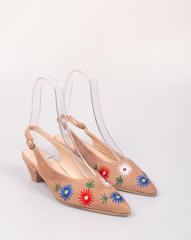 Pantofi-decupati-din-piele-naturala-cu-toc-si-imprimeu-brodat-1922401195