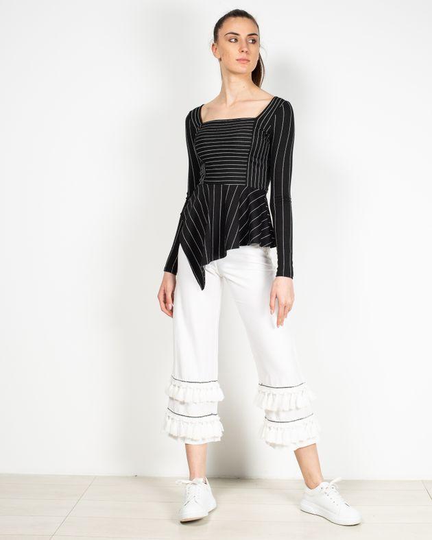 Pantaloni-trei-sferturi-cu-ciucuri-2010101011
