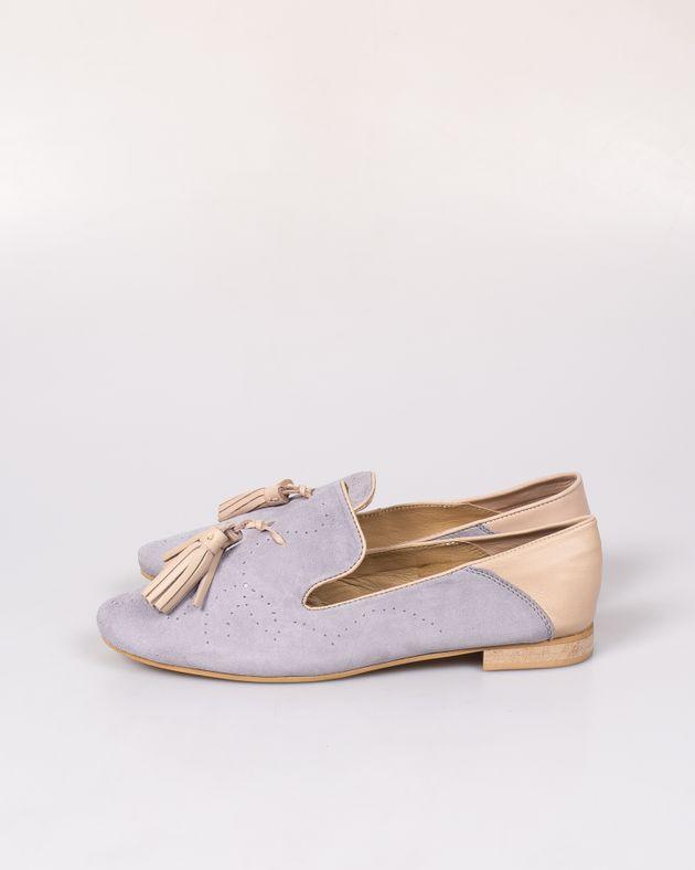 Pantofi-din-piele-naturala-cu-talpa-joasa-si-ciucuri-N91801011