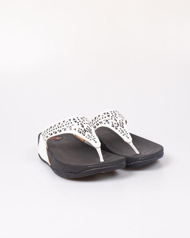Papuci-Adams-cu-platforma-si-barete-cu-detalii-aplicate-2012716021