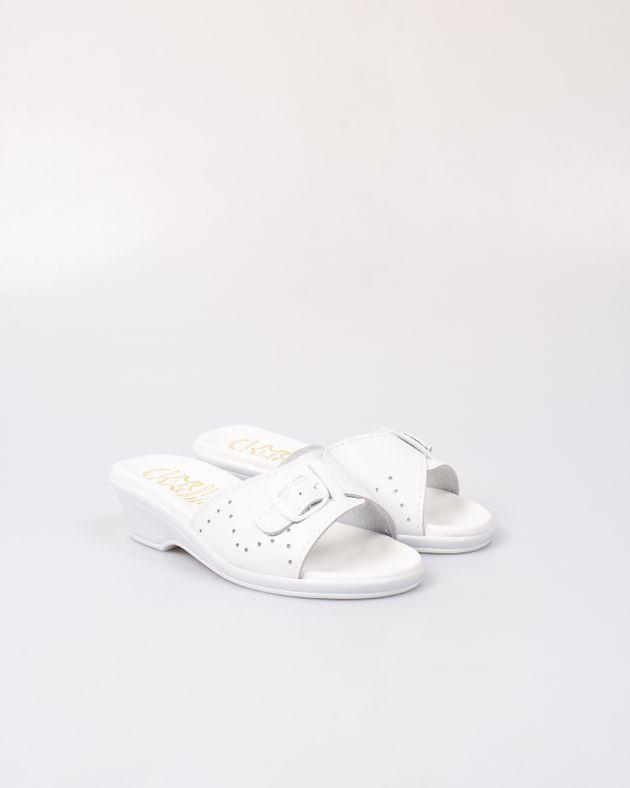 Papuci-Adams-usori-din-piele-naturala-cu-toc-mic-si-barete-perforate-2012711001