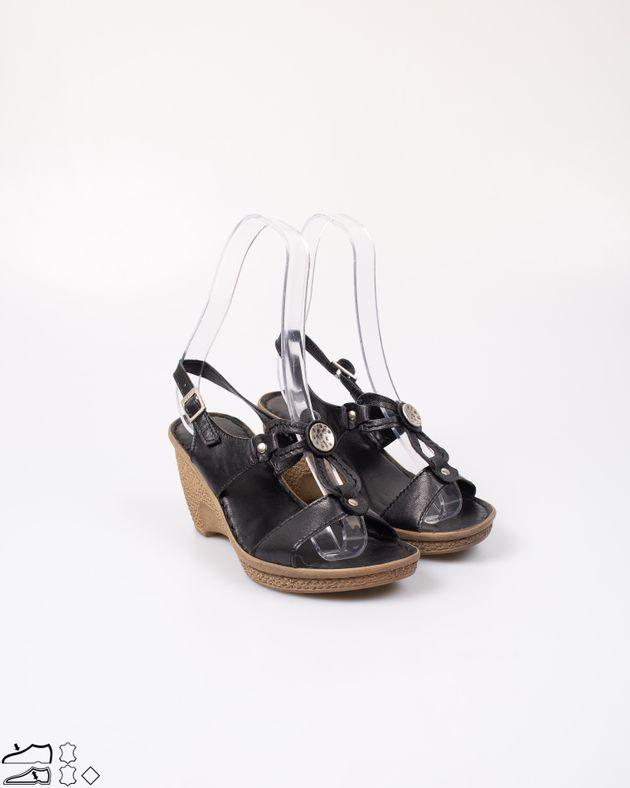 Sandale-Adams-usoare-din-piele-naturala-cu-platforma-si-barete-cu-catarama-2012725080